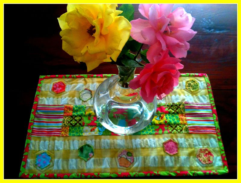 Hexi tr front w flowers