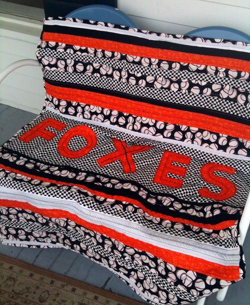 Foxes quilt on rocker