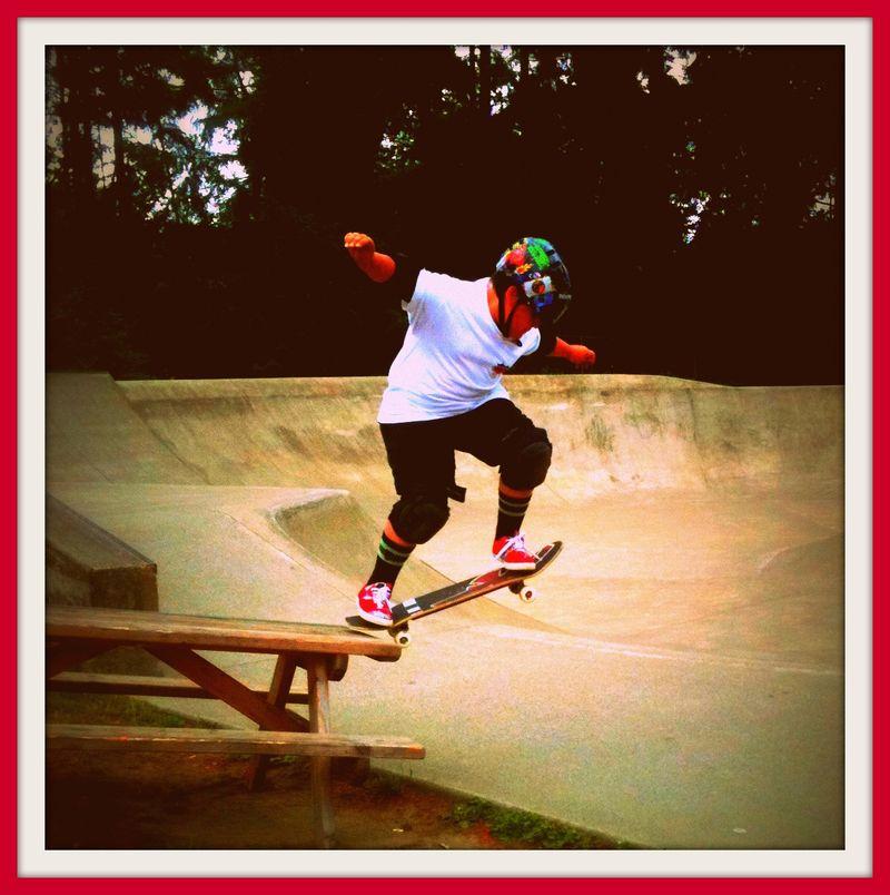 Jack skates off table